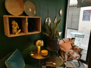 Sale of small textile lighting furniture and decorative objects in Arles CHEZ NOUS Le Showroom